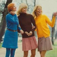 1970s fashion 1972-2-3S-0017