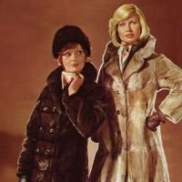 1970s fashion 1974-2-schw-0082