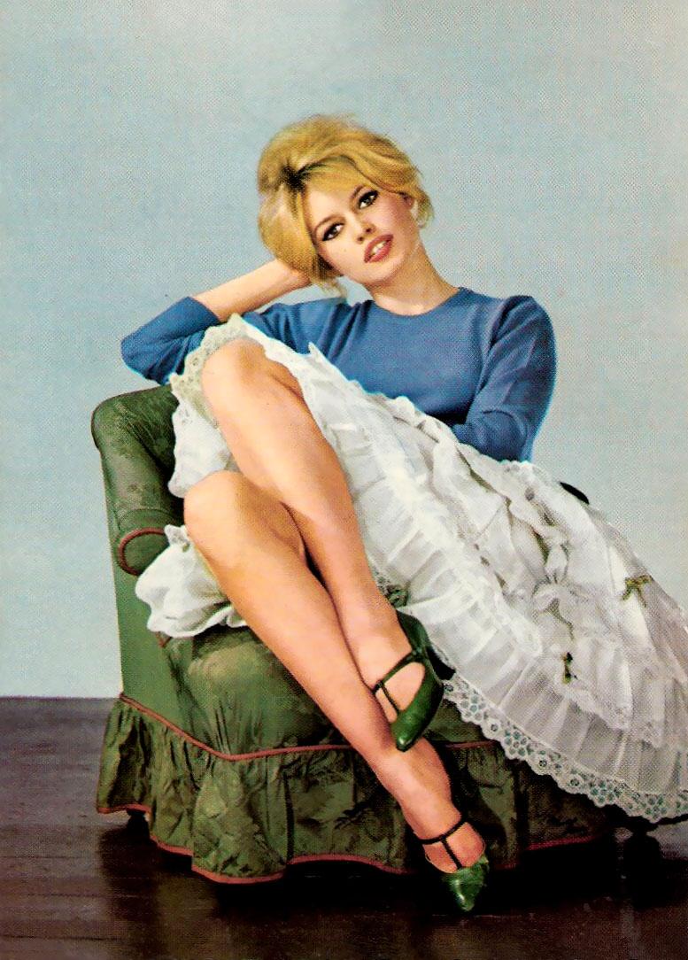 1960s Fashion - Sixties Icons: Brigitte Bardot